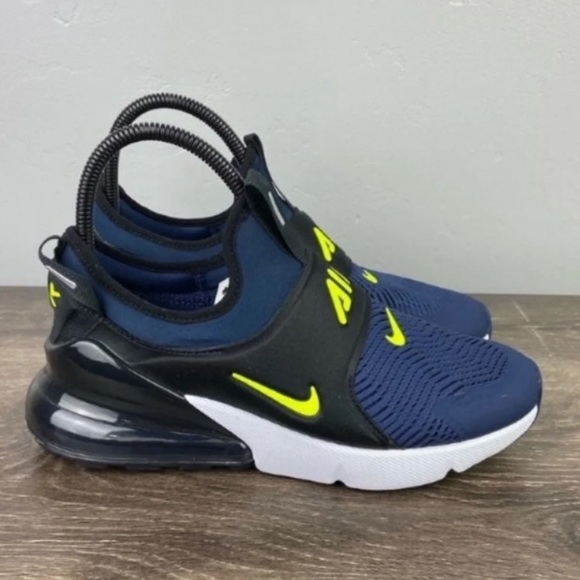NEW Nike Air Max 270 extreme